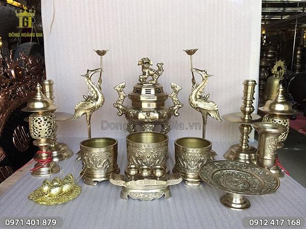 Bộ đồ thờ bằng đồng vàng đỉnh bát giác 45cm