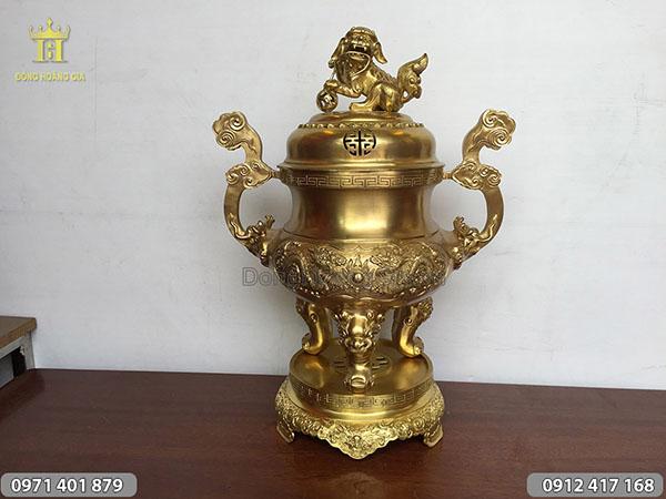 Đỉnh đồng vàng đúc chân không cao 55cm