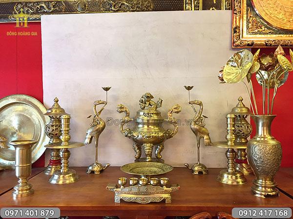 Đồ thờ cúng bằng đồng vàng đỉnh sòi bộ 60cm