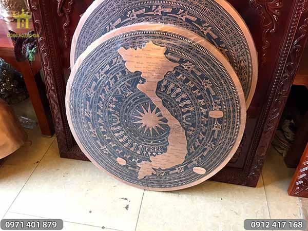 Mặt trống đồng đỏ đúc hình bản đồ Việt Nam 80cm