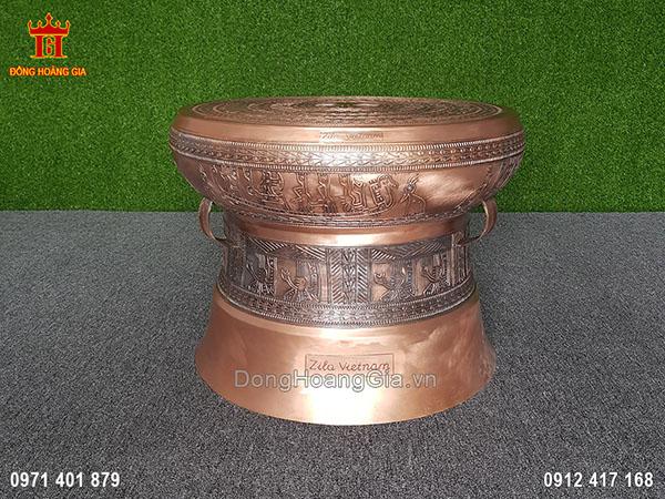 Tặng phẩm quả trống đồng Đông Sơn dành cho Zila Việt Nam