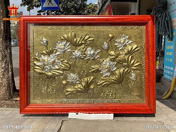 Tranh đồng hoa sen giả cổ mạ vàng dát bạc 1m76
