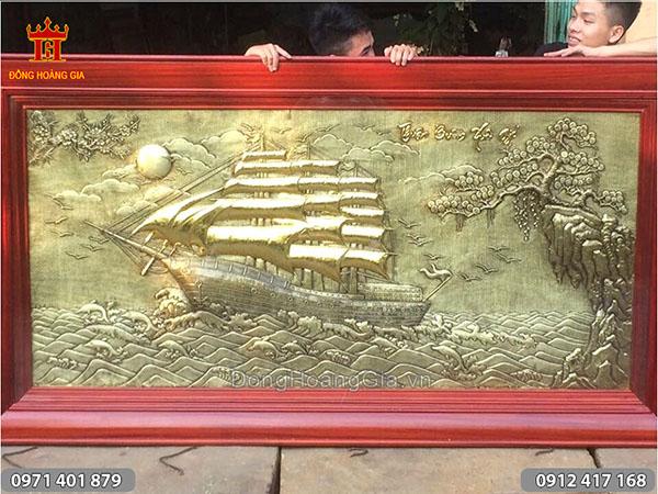 Tranh đồng Thuyền Buồm kích thước dài 2m12