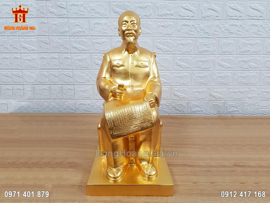 Tượng Bác Hồ Ngồi Ghế Mây Bằng Đồng Đỏ Dát Vàng 9999 42Cm