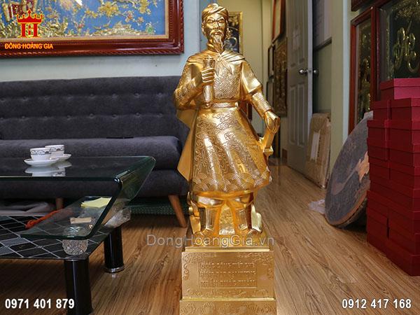 Tượng đồng Trần Quốc Tuấn dát vàng 24K 90cm