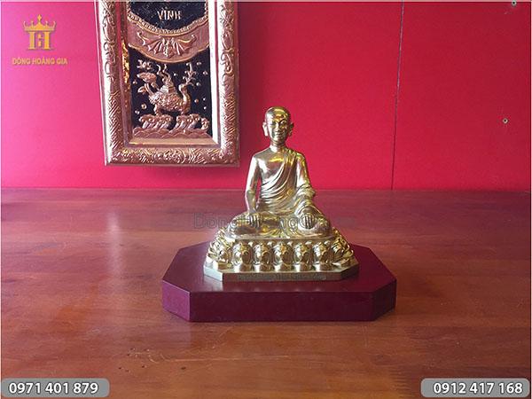 Tượng Phật Hoàng Trần Nhân Tông cỡ nhỏ