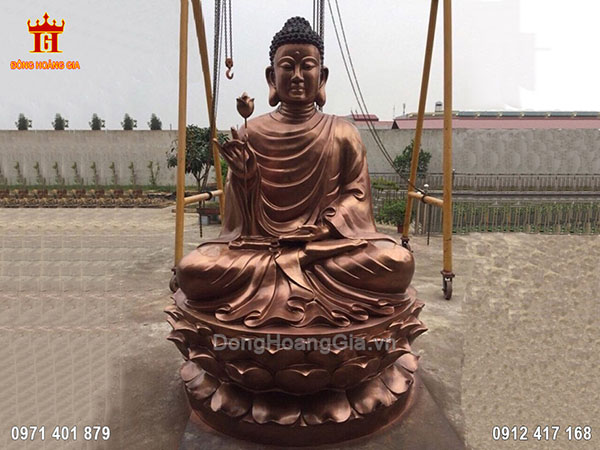 Tượng Phật Thích Ca Niêm Hoa Vi Tiếu Đồng Đỏ