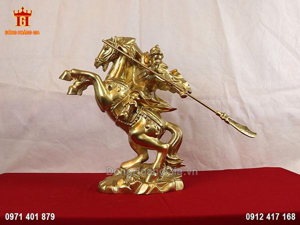 Tượng Quan Công cưỡi ngựa cầm đao bằng đồng vàng