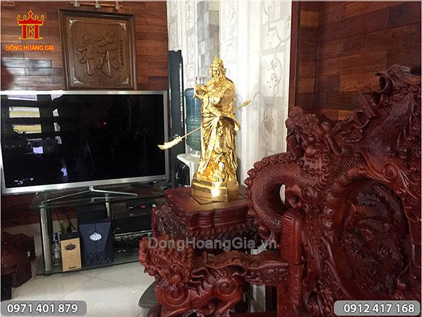 Tượng Quan Vân Trường dát vàng cao 70cm