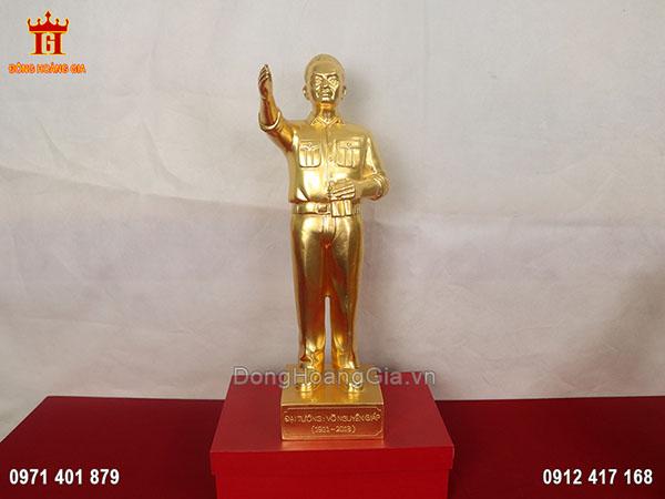 Tượng Võ Nguyên Giáp bằng đồng dát vàng 9999 50cm